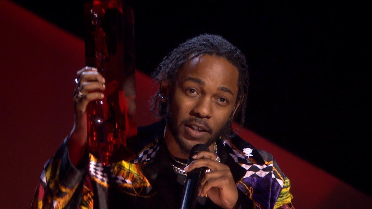 Kendrick lamar wins international male solo artist the - Kendrick lamar swimming pools torrent ...