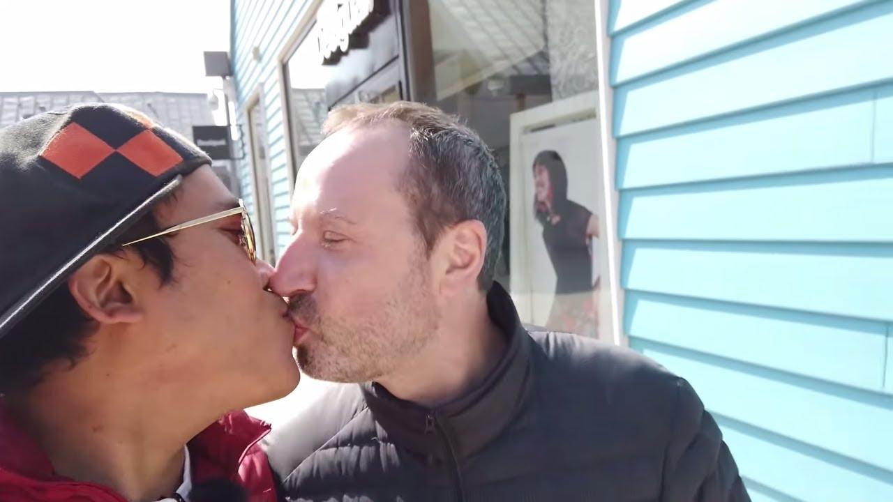 gay couple vlog belanja branded murah di paris shopping. Black Bedroom Furniture Sets. Home Design Ideas