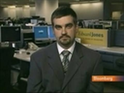 Analyst Kreher Says Hewlett-Packard Stock a `Bargain': Video