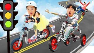بولام اللعب بسيارات الأطفال