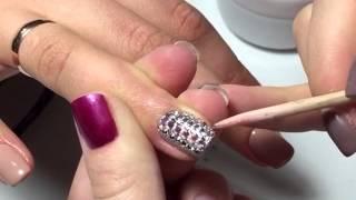 Как прикрепить стразы на ногти с помощью финиша для крепления страз от LIANAIL