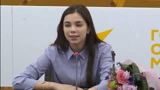 """Пресс-конференция участницы """"Ты супер!"""" Веры Ярошик в пресс-центре Sputnik"""