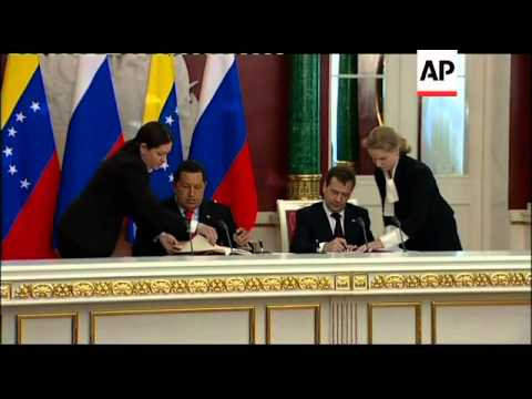 Russia agrees to build nuclear plant in Venezuela; Medvedev meets Chavez