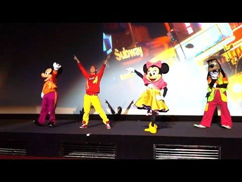 Mickey Mouse's Dance Party - Breakdance!