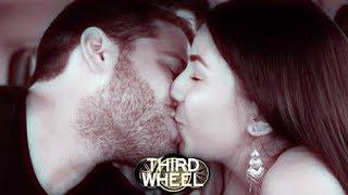 Video KISS OR FLUSH | THIRD WHEEL w/ Lauren Elizabeth & Hunter March download MP3, 3GP, MP4, WEBM, AVI, FLV Januari 2018