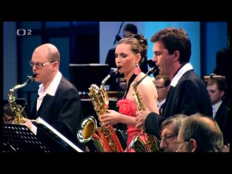 Philip Glass: Concerto for saxophone quartet and orchestra Mvmt. 1