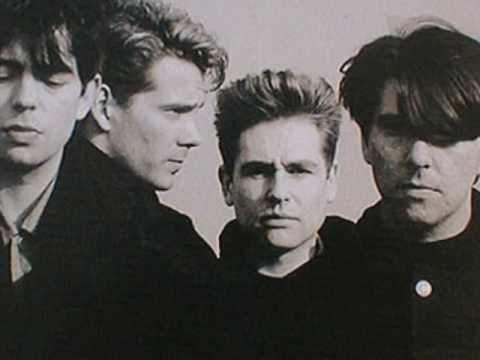 Echo And The Bunnymen - Bombers Bay