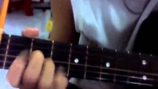 người mẹ trong trí tưởng tượng guitar