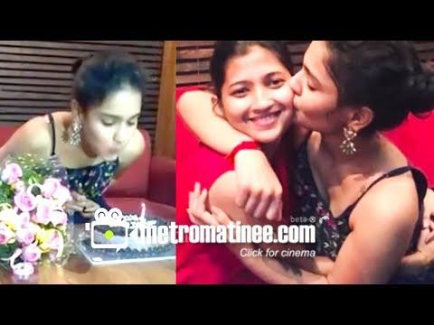 Malayalam Actress Saniya Iyappan (Chinnu) Glamorous Birthday Celebration Party