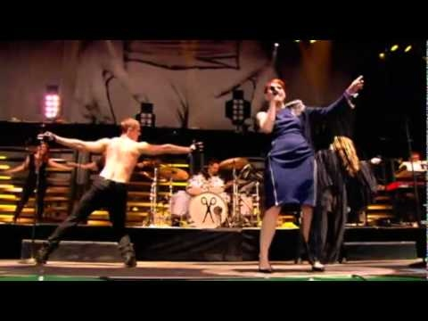 "Glastonbury 2010 -  The Scissor Sisters With Kylie ""Any Which Way"" Mp3"