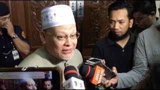 'Dissolve Umno, come join Pas'