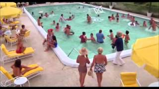 Caddyshack - Doody In The Pool!
