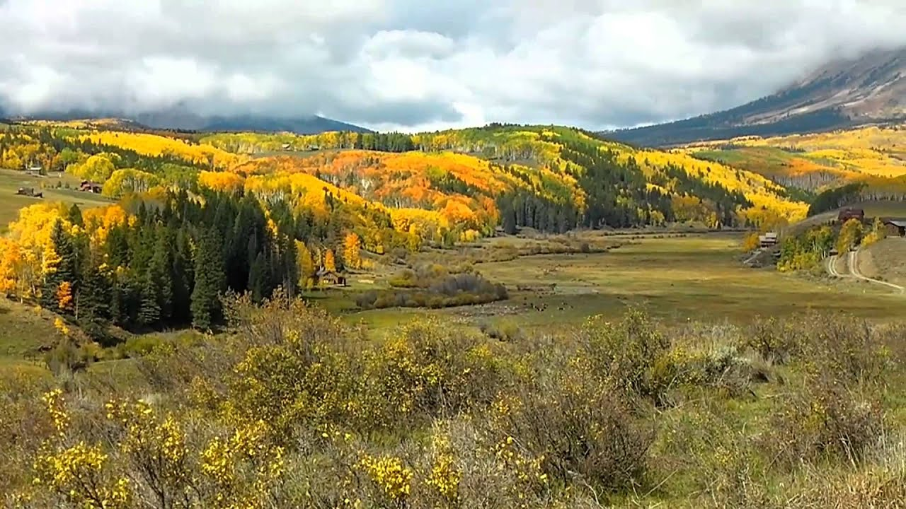 Free Fall Colors Wallpaper Driving Along The Ohio Valley Road Gunnison County