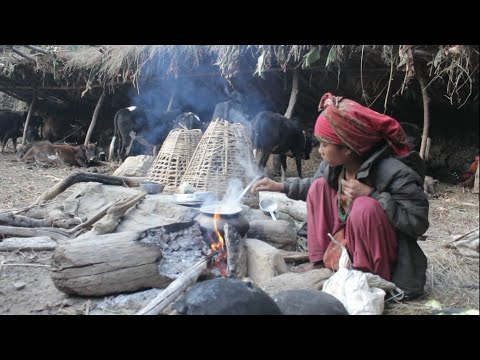 Cooking curry of pumpkin an meat by using traditional technology