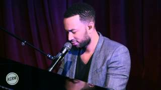 "John Legend performing ""Ordinary People"" Live on KCRW"