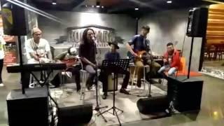 Video Petani Singkong - No woman No cry ( Bob Marley ) download MP3, 3GP, MP4, WEBM, AVI, FLV Juli 2018