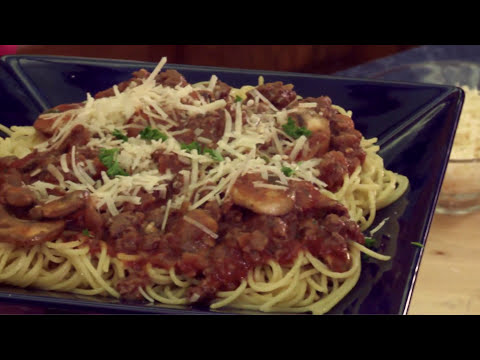 How to Cook Spaghetti With Moose Meat Sauce