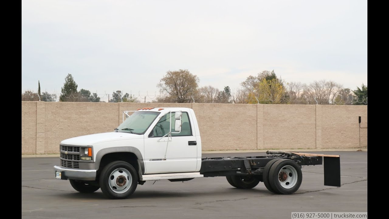 2002 Chevrolet 3500HD Cab & Chis - YouTube on chevrolet celebrity 2002, chevrolet impala 2002, chevrolet astro 2002, chevrolet tahoe 2002, chevrolet cavalier 2002, chevrolet aveo 2002, chevrolet colorado 2002, chevrolet s10 2002, chevrolet truck 2002, chevrolet venture 2002, chevrolet equinox 2002, chevrolet avalanche 2002, chevrolet suburban 2002, chevrolet spark 2002, chevrolet chevelle 2002, chevrolet corvette 2002, chevrolet camaro 2002, chevrolet tracker 2002, chevrolet trailblazer 2002, chevrolet blazer 2002,