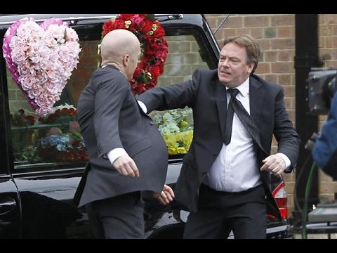 EastEnders - Max Branning Vs. Ian Beale (20th May 2014)