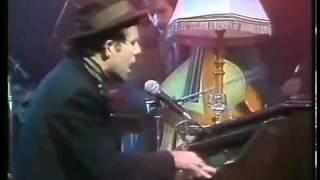 Tom Waits - Cemetery Polka Live (1985)