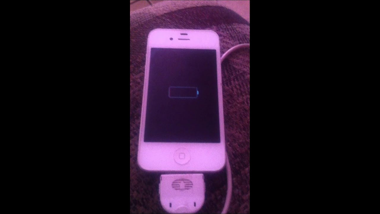 iphone wont turn on or charge iphone 4 stuck on charging power won t turn on 19379