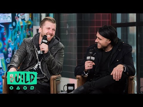 "Three Days Grace Sit Down To Talk About Their Album, ""Outsider"""