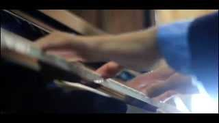 Cadbury Dairy Milk Silk Commercial [Kiss me close your eyes] Piano Cover by Aakash Mistry