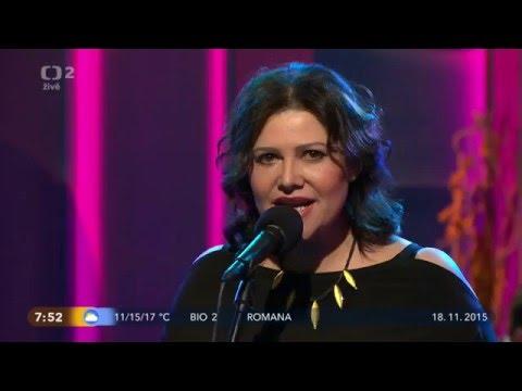 Ilona Csáková - Když zbývá pár slov (Dobré Ráno 18.11.2015)