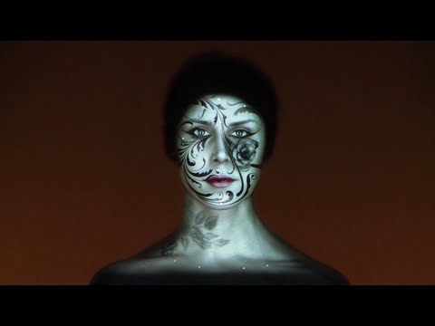 Full Length | Live Face Projection Mapping