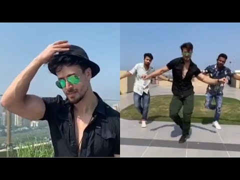 Tiger Shroff dances to Hrithik Roshan's Ghungroo song Mp3