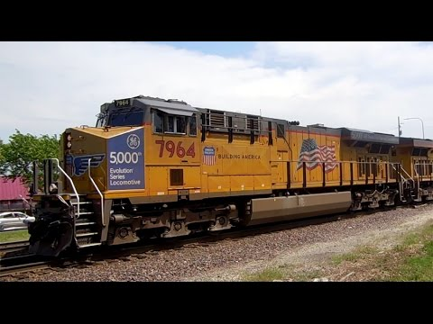 Union Pacific #7964: 5000th GE Evolution Series Locomotive II + Horn Show!