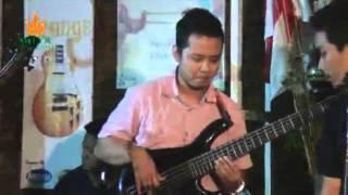 Komunitas Bass Jepara feat. Wima Bassist J-Rocks - Selamat Tinggal Kekasihku - at Sriya Cafe Jepara