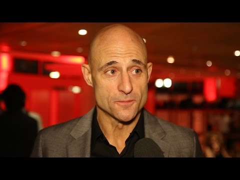 Mark Strong & the Cast of A VIEW FROM THE BRIDGE Celebrate  Night on Broadway