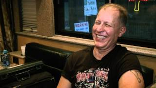 "Reverend Horton Heat ""25 to Life"" - Clip 3"
