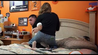 CAUGHT CHEATING ON GIRLFRIEND PRANK GONE WRONG! (SHE CHOKED ME) thumbnail