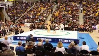 US Sumo Open 2016 - Exhibition - Yamamotoyama Ryūta aka Yama Fights Children!