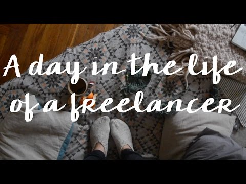 A day in the life of a freelancer: coffee, knitting & pasta sauce