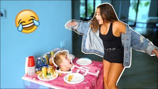 HEAD IN TABLE SCARE PRANK (FREAKOUTS)