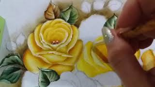 Vaso azul com stencil e rosas amarelas – Vídeo 3 Pintura em tecido Ana Ferrante
