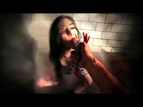 Slash - World On Fire:歌詞+中文翻譯