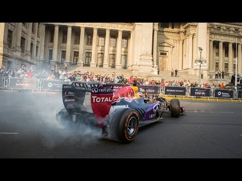 Red Bull Racing Bring F1 Live and Loud In Lima