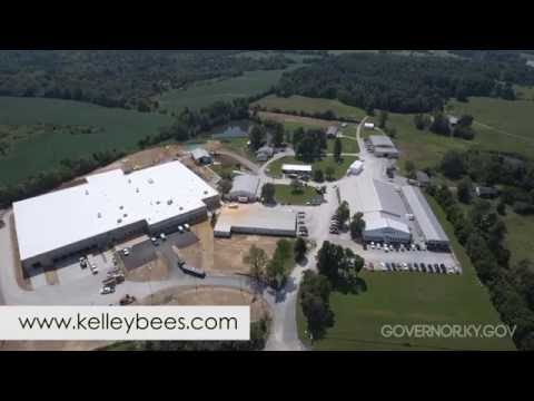 Kelley's Beekeeping Tour - YouTube