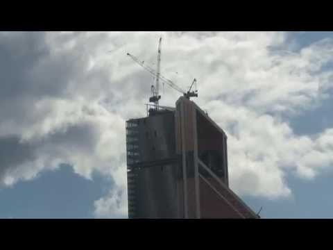 Moscow City #21\2015 Зум-Взгляд с Краснопресненской набережной  (Москва-Сити)