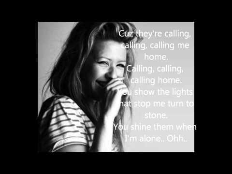 Ellie Goulding - Lights Lyrics (Bright lights)