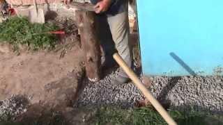 Бетон. ч9. Правильная укладка. Утрамбовка подсыпки щебня.(Подготовка к заливке бетона. Как правильно заливать бетон самому. Утрамбовка уплотнение грунта перед бетон..., 2015-03-26T14:52:28.000Z)