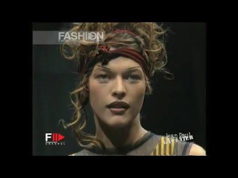 Milla Jovovich Runway
