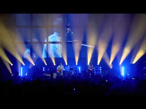 Noel Gallagher - Half The World Away [International Magic Live At The O2 -2012]