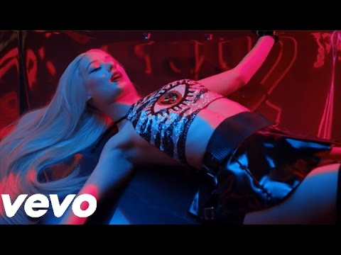 Iggy Azalea- Spend That Cash ( Official Music Video)