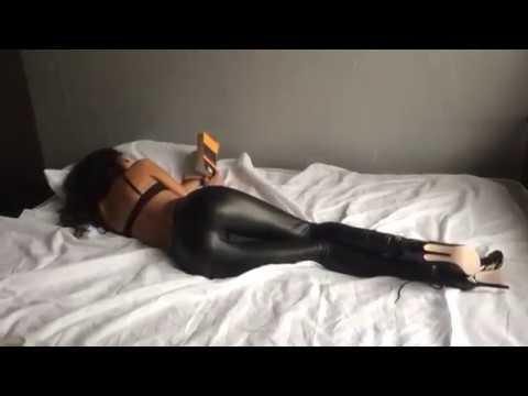 PHAT BLACK BOOTY PORNKaynak: YouTube · Süre: 1 dakika15 saniye