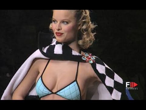 CHANEL Full Show Spring Summer 1995 Paris by Fashion Channel